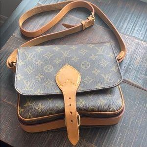 ⭐️price is firm⭐️Louis Vuitton Cartoucherie MM
